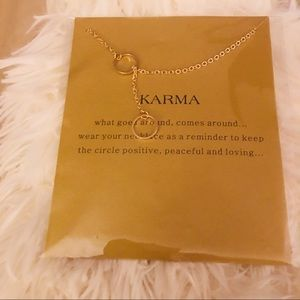 NWOT Karma Necklace🎃